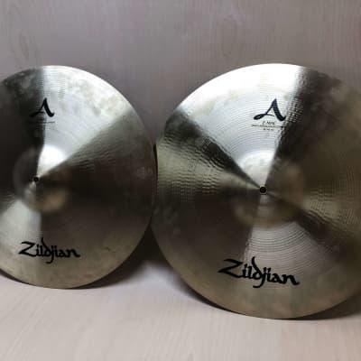 "Zildjian 18"" A Series Z-MAC Multi-Application Cymbals (Pair) Midwest Band Show Demo Set"