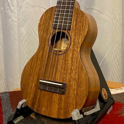 Pono ASD Acacia Soprano Ukulele Deluxe Gloss w/gig bag for sale