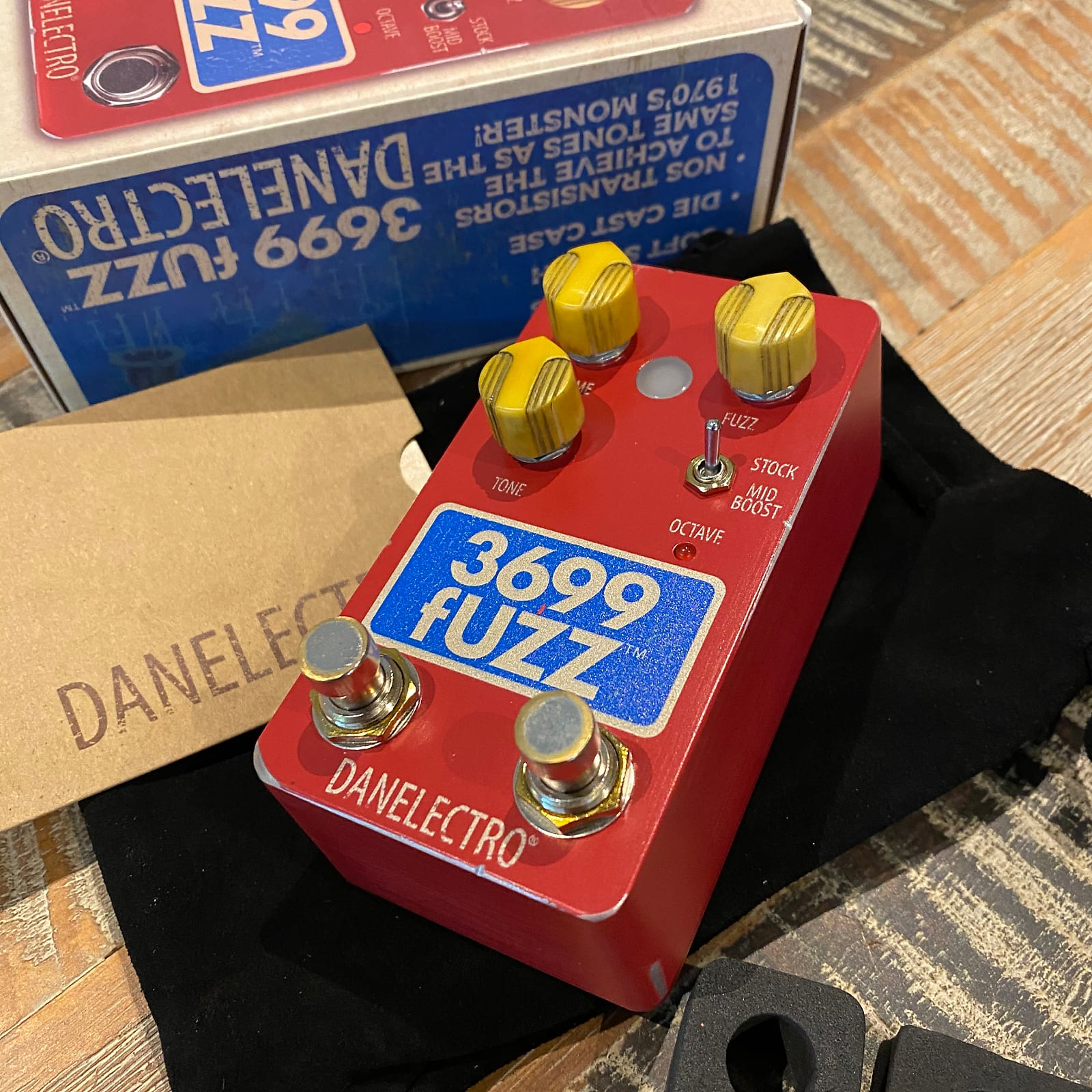 Danelectro 3699 fUZZ - 2020 Reissue of the classic fOXX Tone Machine! In stock & shipping now.