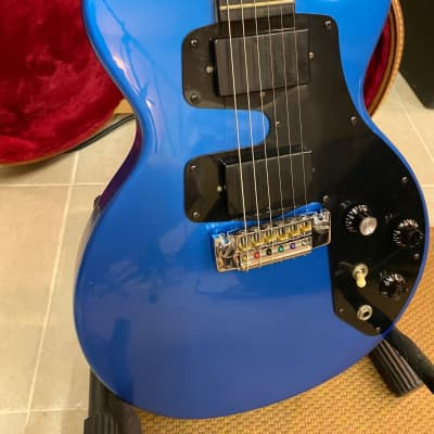 Gibson Challenger II 1986 Beautiful Pelham Blue w/OHSC for sale