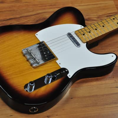 Fender Fender Classic Series '50S Telecaster Lacquer Sunburst.. for sale