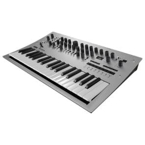 Korg Minilogue Polyphonic Analogue Synthesizer (RRP £630)