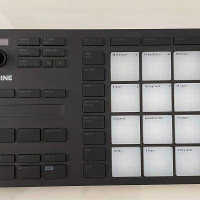 Native Instruments Maschine Mikro MKIII