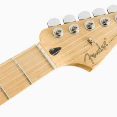 Player Stratocaster Maple Fingerboard 3-Color Sunburst