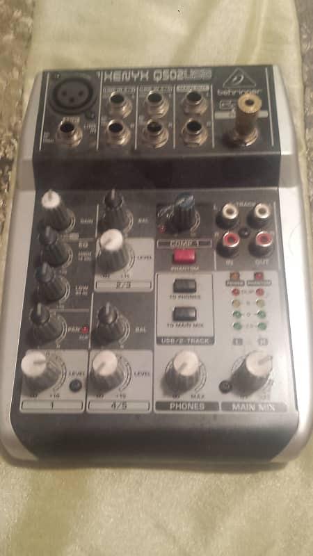 Behringer Xenyx Q502USB 5-Input Compact Mixer