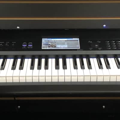 STORE DEMO! Korg Krome 88 Key Music Workstation Weighted Hammer Action Ships FREE Lower 48 States!