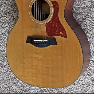 Taylor 114ce Sitka Spruce / Sapele Grand Auditorium with ES-T Electronics, Cutaway 2007 - 2015