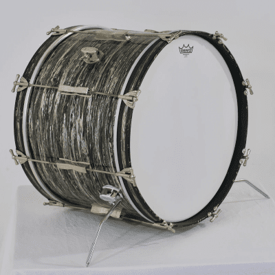 "Ludwig No. 3244 Club Date 14x20"" Bass Drum with Keystone Badge 1960s"