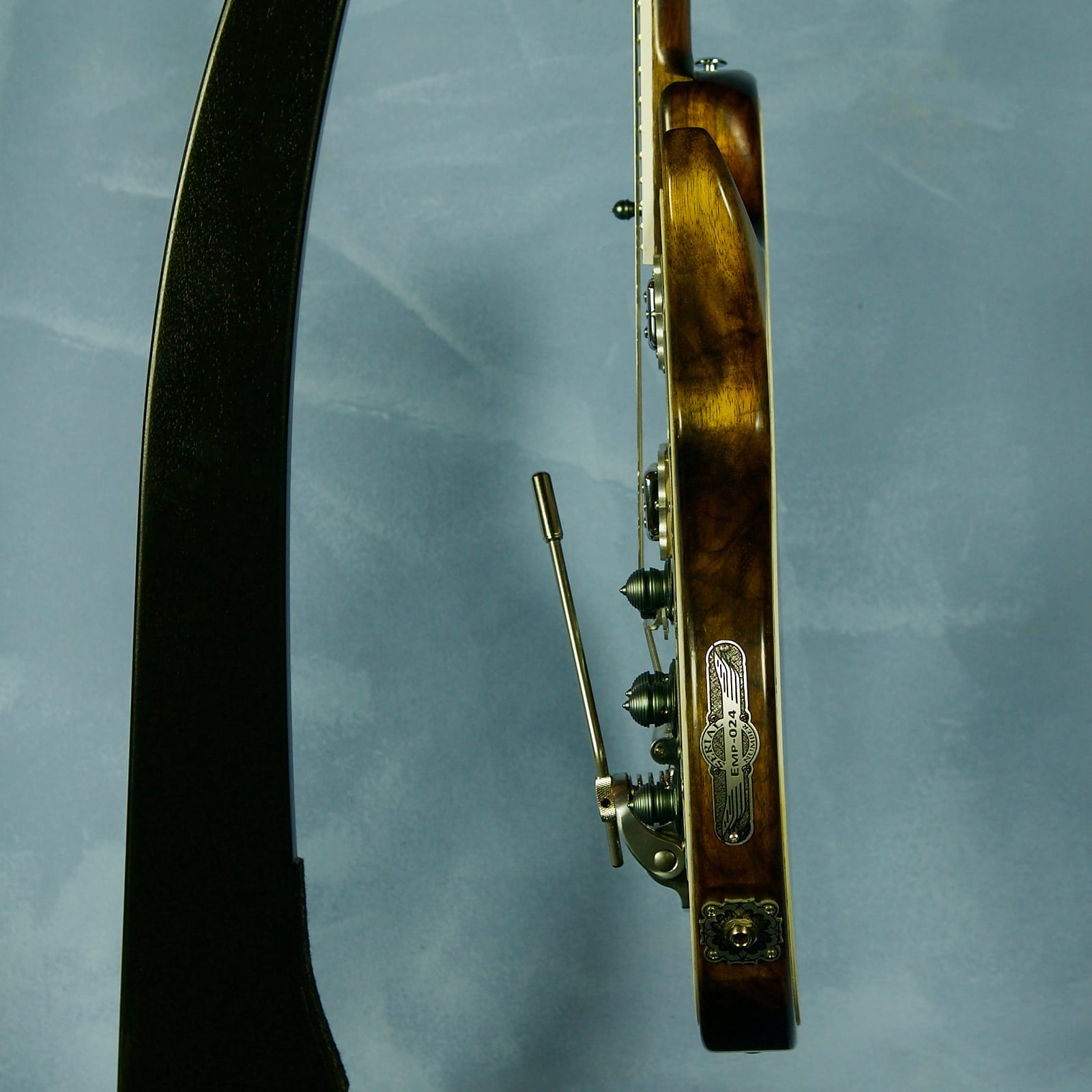 Teye Jazz Cat Emperor Series Shipwreck