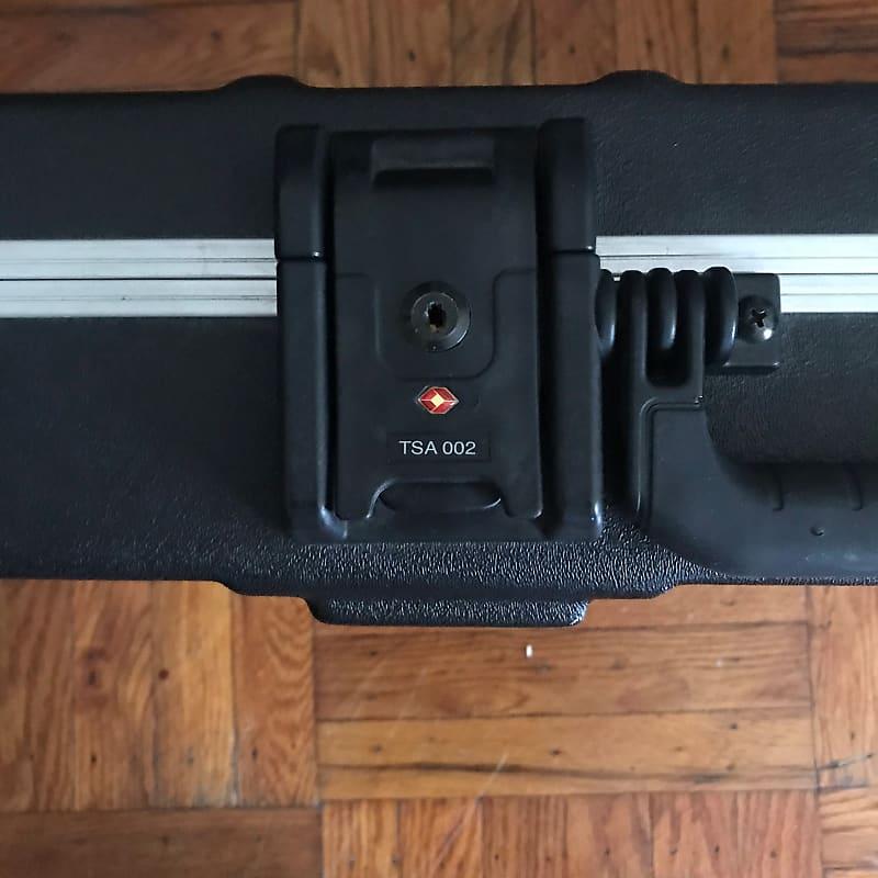 fender tsa 002 hardshell case with keys reverb. Black Bedroom Furniture Sets. Home Design Ideas