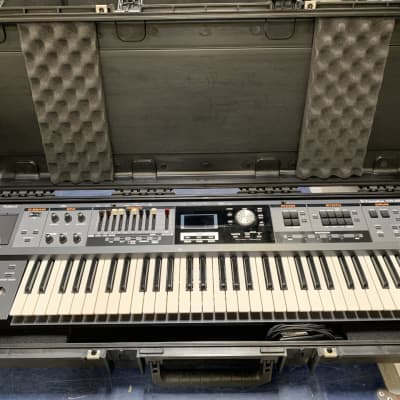 Used Roland VR-09 V-Combo Organ