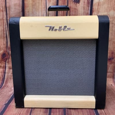 Vintage Noble 1x12 Tube Electric Guitar Amplifier by Danelectro, 1957 for sale