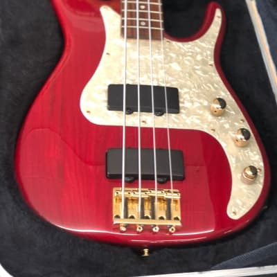 Peavey Axcelerator 2-T  Red for sale