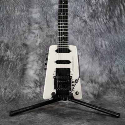 White Steinberger GL4T-GR vintage USA guitar for sale