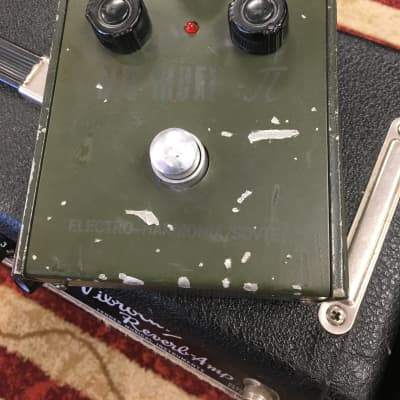 Electro-Harmonix Green Russian Big Muff Tall Font Sovtek Army green