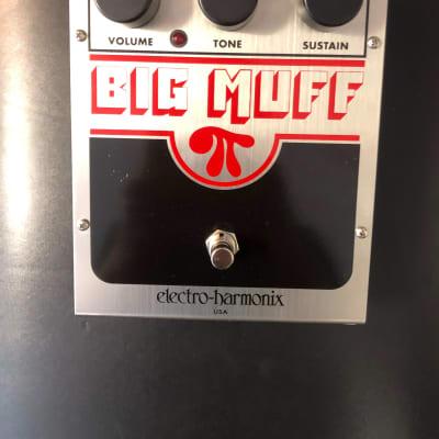 Electro-Harmonix Big Muff Pi Stomp Box Pedal