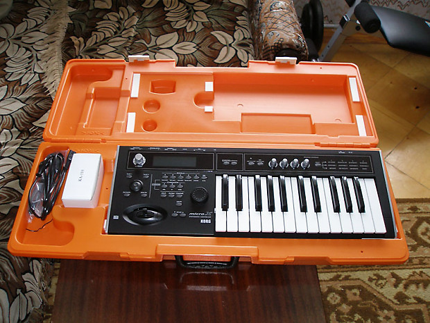 korg micro x synth controller case a c adapter cd reverb. Black Bedroom Furniture Sets. Home Design Ideas