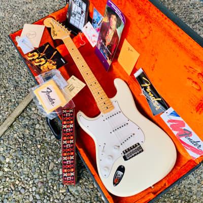 Fender Jimi Hendrix Tribute Stratocaster Woodstock 1969 1997 Olympic White for sale