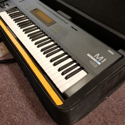 Korg Vintage M1 Music Workstation with Case