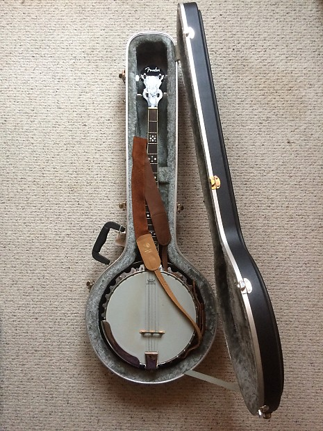 Fender 5-string Banjo + Road Case | 40 Watt Shop