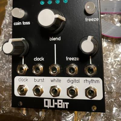 Qu-Bit Electronix Chance 2010s Black