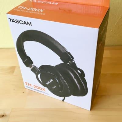 Tascam TH-200X Studio Headphones - Closed Back - Mixing Recording Podcast - 200 X TH200X Black