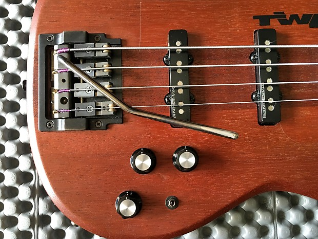 carvin lb20 bass guitar with whammy bar reverb. Black Bedroom Furniture Sets. Home Design Ideas