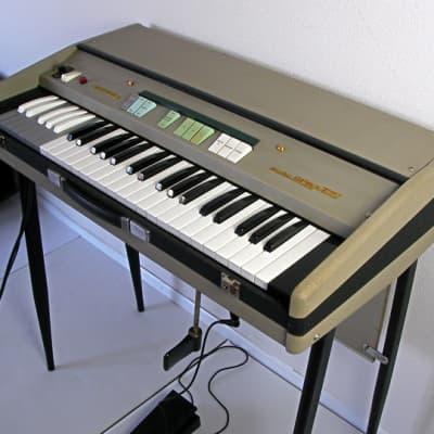 Farfisa Mini Compact Combo Organ 1960s Vintage Rare!
