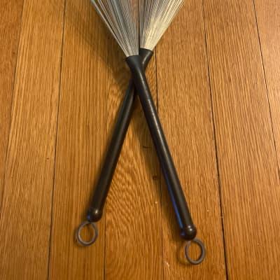 Regal Tip Brushes Black