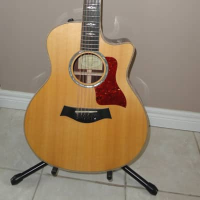 Taylor 856ce 12 String Acoustic Guitar w. OHSC