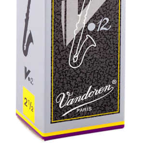 Vandoren CR6225 V12 Series Bass Clarinet Reeds - Strength 2.5 (Box of 5)