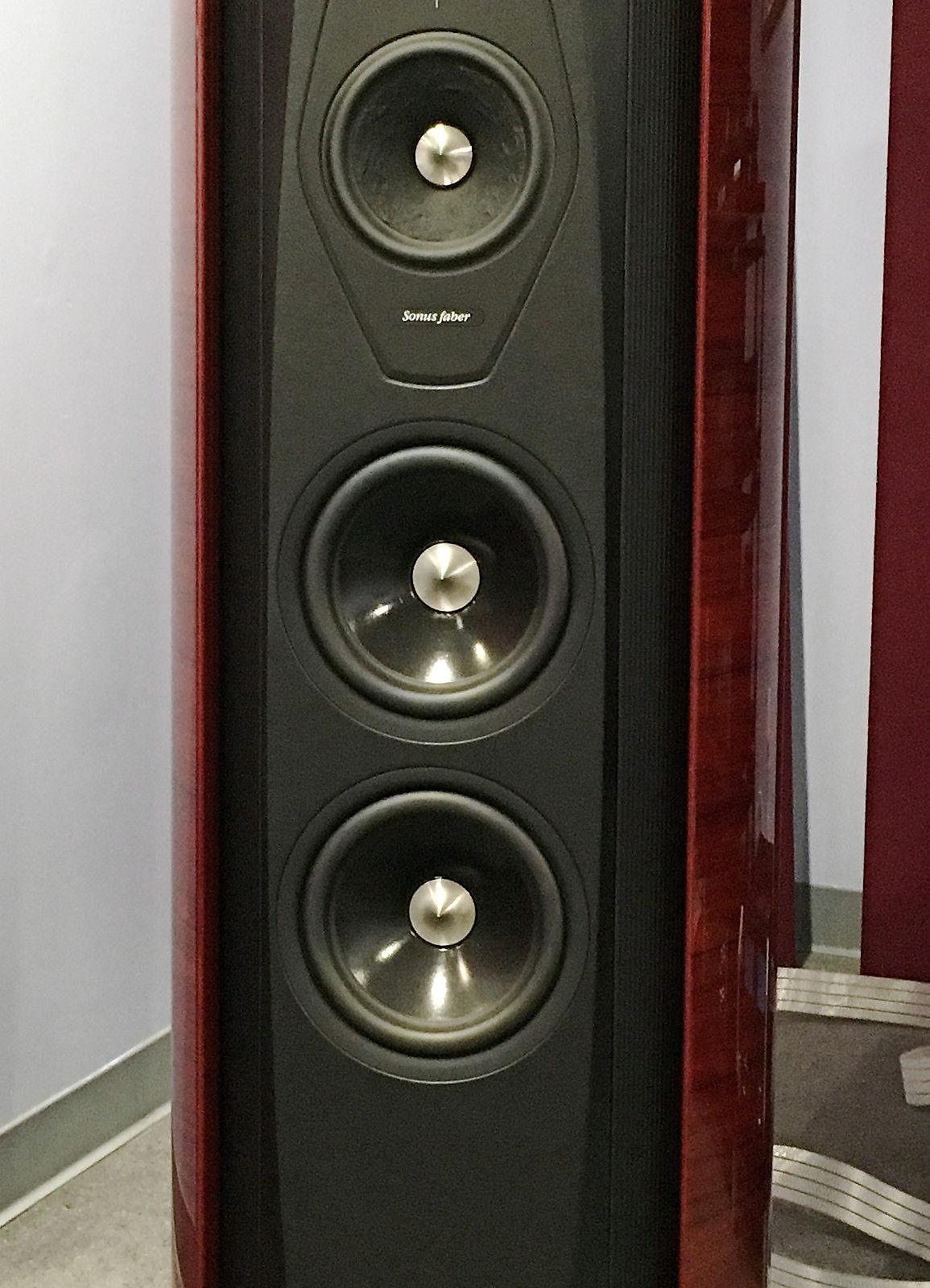 Sonus Faber Aida Red Floor Standing Speakers - Floor Model w/ Warranty