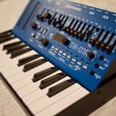 Roland Boutique SH-01A Synthesizer Blue w/ K-25m Keyboard