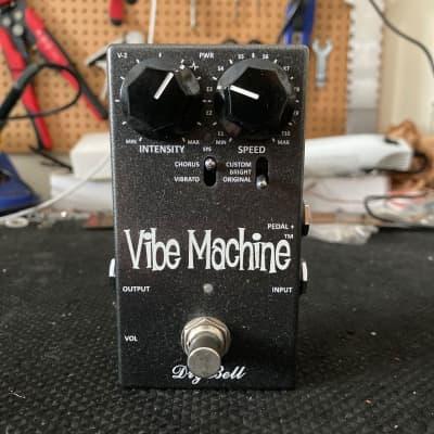 [FREE Intl Shipping] Drybell Vibe Machine V2 Chorus Modulation Flanger Analog Uni-Vibe for sale