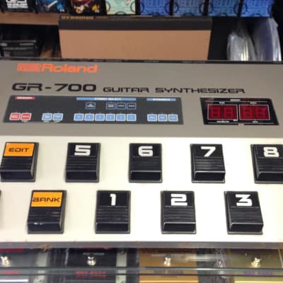 Roland GR-700 Analog Guitare Synthesizer 1980-1984