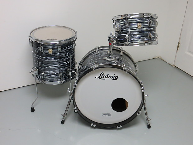c180eaeb9b5e Ludwig USA Classic Maple Black Oyster Pearl 3pc Fab 4 drumset