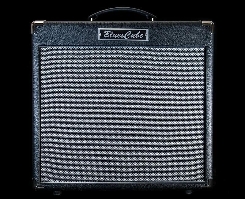 roland blues cube hot 30 watt combo guitar amplifier reverb. Black Bedroom Furniture Sets. Home Design Ideas