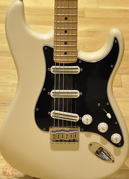 Billy Corgan Stratocaster : fender billy corgan stratocaster 2008 white price guide reverb ~ Vivirlamusica.com Haus und Dekorationen