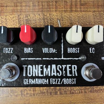 JDM pedals TONEMASTER Germanium Fuzz/Booster (Original Vindicator) Black