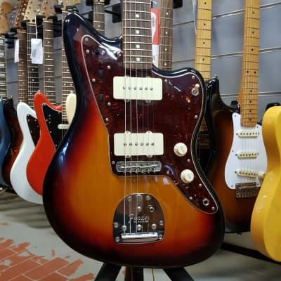 Fender   American Vintage 62 Jazzmaster Sunburst for sale