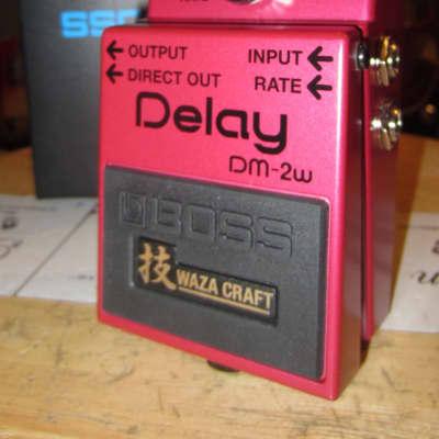 2019 Boss DM-2W Waza Craft Analog Delay Red