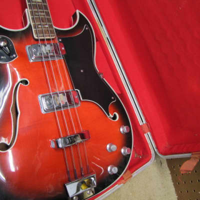Crucianelli Elite (Italy MGF by Vox)  1968 Redburst for sale