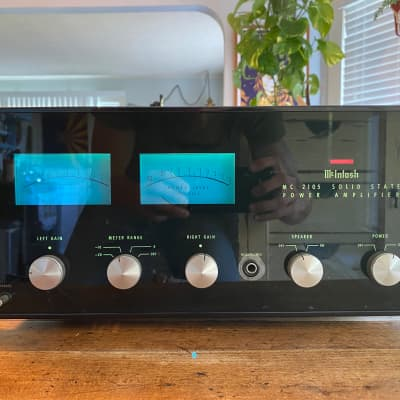 Mcintosh MC-2105 Stereo Solid State Vintage Amplifier