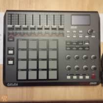 Akai MPD32 USB MIDI Pad Controller image