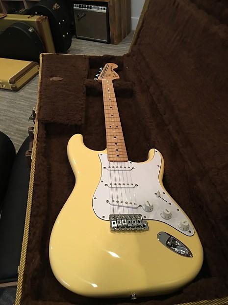 Fender Stratocaster Neck >> Fender Japan '70s Stratocaster Reissue Vintage Yellow | Reverb