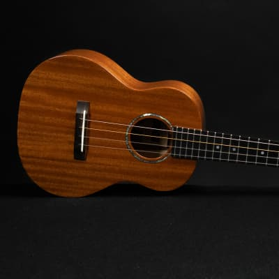 """Sequoia"" Grand Tenor Ukulele/ Baby Baritone -Mahogany- Romero Creations- Dani Joy Music"