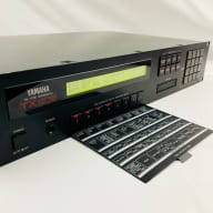 Yamaha TX802 Digtal FM Synthesizer (DX7 II Rack Mount Synth) Vintage 1980's
