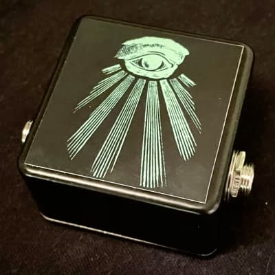 Saturnworks Micro Black Guitar / Bass Buffer Pedal - Handcrafted in California, USA