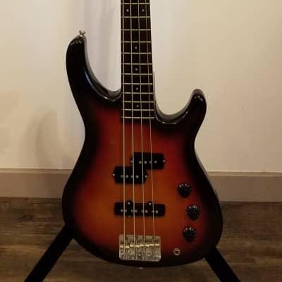 Fender MB-4 Bass  1994 - 1996 Sunburst for sale