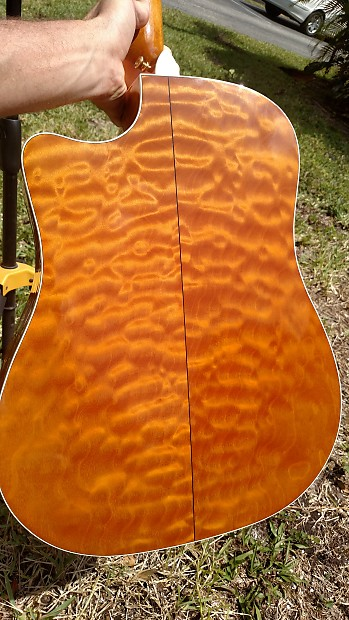 taylor 610ce limited 2001 gold